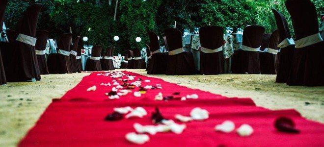 ¿Cómo decorar las mesas en una boda?
