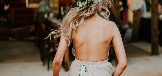 Celebrar una boda en una casa de madera