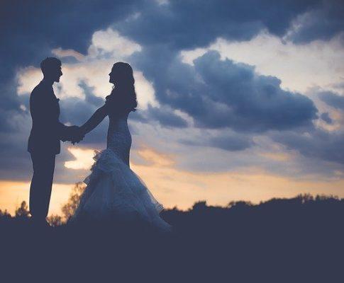 Comienzan de nuevo las bodas